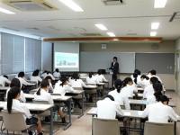 鶴岡工業高校定時制のみなさんが見学に来ました。