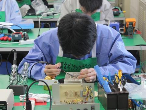 電子情報系ものづくり競技会 「敢闘賞」受賞(電子情報科)